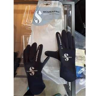 Scubapro SEAMLESS GLOVE 1.5MM (Size: S)