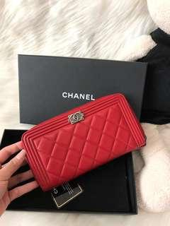 💯Authentic Chanel Boy Lambskin Wallet Red