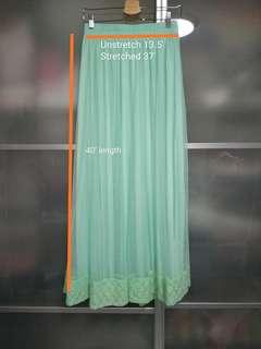 1 x brand new and unused turquoise green lace can can skirt with lining and free delivery