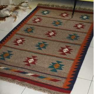 Handwoven Persian Kilim 195x120cm