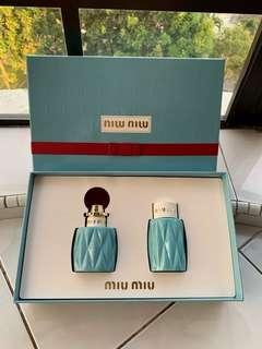 💯Guaranteed Authentic Miu Miu (Woman) 50ml Eau De Parfum Limited Edition Set (SELL AT LOSS - Bought RM380.00 in Parkson) NEW UNUSED