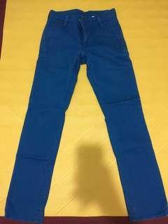 Levis藍色牛仔褲