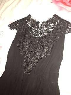 Dress Hitam Brokat Elegan