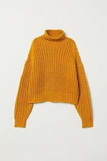 H&M mustard turtleneck sweater sz m