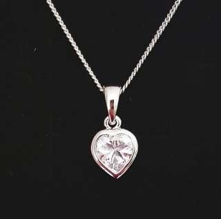 Valentine! White Gold Plated Crystal necklace