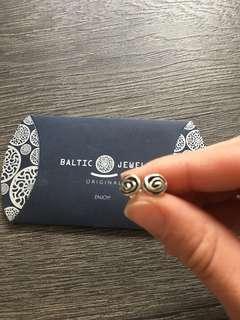 Sterling silver rose earrings studs