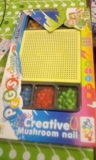 🚚 塑膠益智玩具