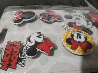 Collectible Pins (4pcs)