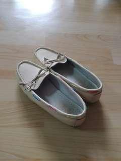 🚚 38號米色帆船鞋