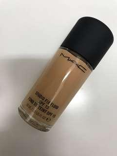 Mac nc25 studio fix fluid