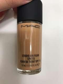 Mac nc30 studio fix fluid