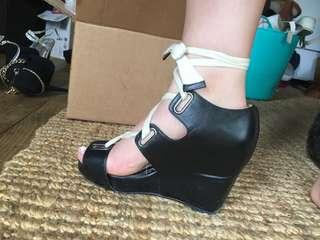 Mi Piaci Lace Up Wedges