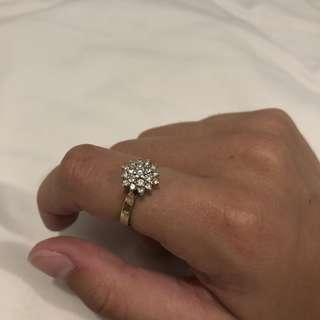 9 carat gold diamond cluster ring