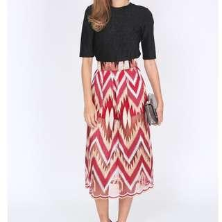 🚚 MDS BNWT Claudinas Skirt In Red