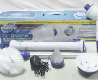 Tornado Cleaning Brush