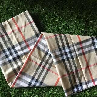 Burberry Motif Basic Cream (Pasmina)