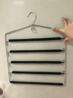Multi layer hanger stainless stee