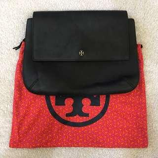 AUTHENTIC TORY BURCH FLAP CLUTCH