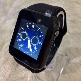 Apple design smart watch for Iphone Androids
