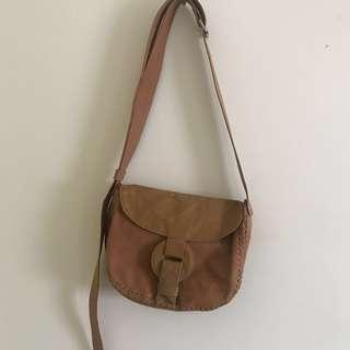 Tan Roxy bag