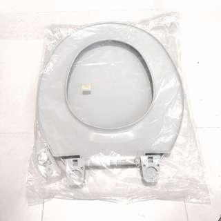 Toilet Seat Cover- free toothbrush holder