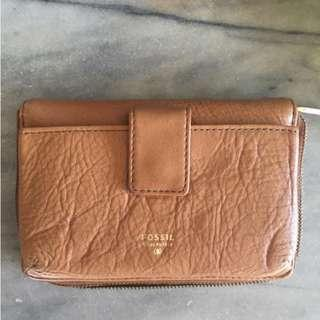 New- Fossil Zipped Wallet