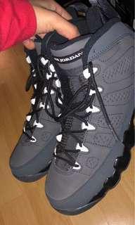Jordans size 6Y