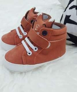 baby shoes wolf orange