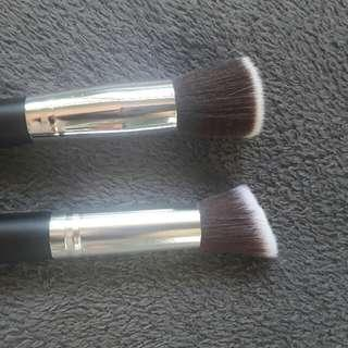 foundation and blush brush
