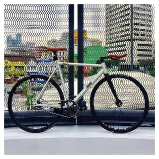 8Bar Fixed Gear