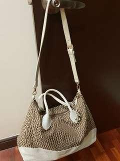 Aigner - makes a great traveling bag !