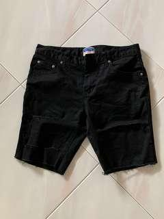 RIPPED BLACK DENIM SHORTS 🔥 SIZE 30