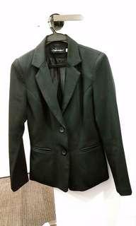 黑色西裝褸
