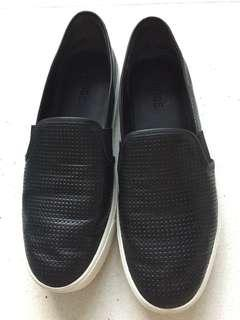 Vince Blair slip on sneakers size 36.5