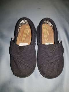 ddcf6867980 NEW Toms Baby Shoes