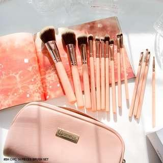 BH Chic - 14 Piece Makeup Brush Set with Cosmetic Case