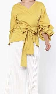 Larney De Moda Wrap Top Size L