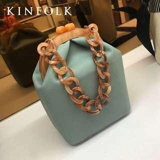 Thick Chain Hand-Held Shoulder Bag