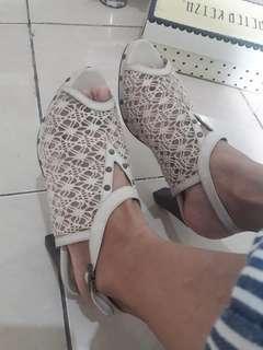 women shoes brokat