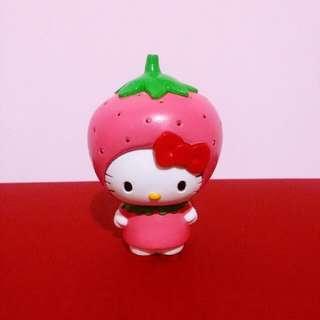 🚚 Hello Kitty草莓頭公仔