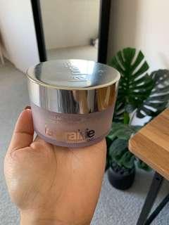 Laprairie powder