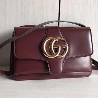 Gucci Arli Shoulder Bag
