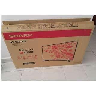 """Sharp Aquous LED 40"""" Empty TV Box With Styrofoam"""
