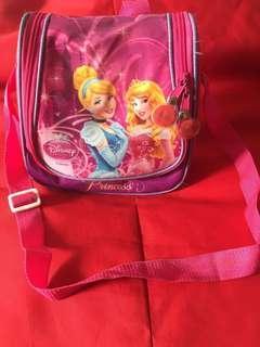 Tas slempang anak disney princess