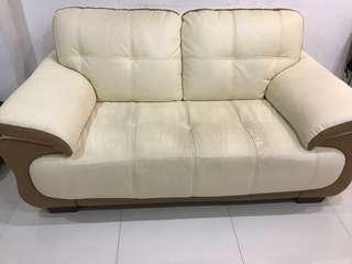 (175cm) 2 seater leather sofa