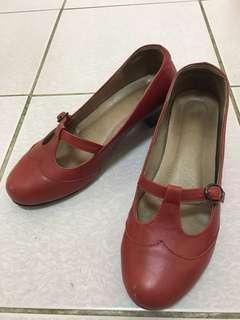 🚚 真皮跟鞋