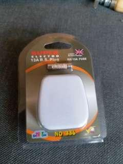 Plug brand new in packet