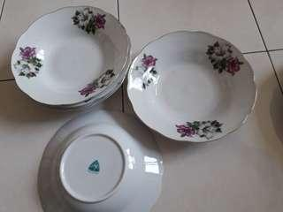 Vintage kangong floral plates @ RM30 each
