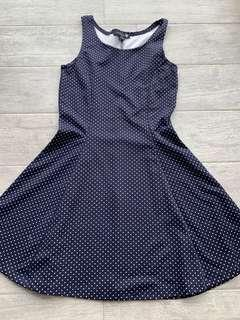 🚚 polka dotted flowy dress