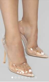 CLEAR POINT HEELS